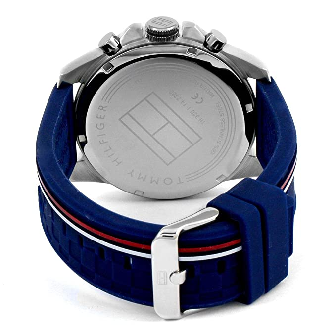 Amazon.com  Tommy Hilfiger Mens Decker Blue Dial Blue Rubber Strap 1791476   Watches b9a4319d3d0