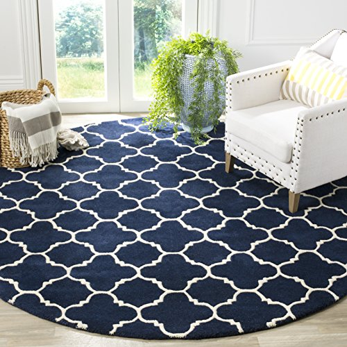 Safavieh Chatham Collection CHT717C Handmade Dark Blue and Ivory Premium Wool Round Area Rug (7′ Diameter)