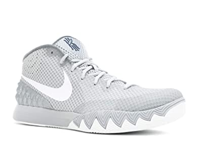 sneakers for cheap bd092 47a54 Nike Kyrie 1 Men s Basketball Trainers  Amazon.co.uk  Shoes   Bags