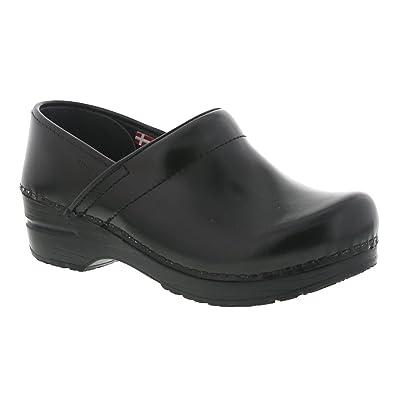 820aadd4c4824 Amazon.com   Sanita Women's Professional Cabrio Clog   Mules & Clogs