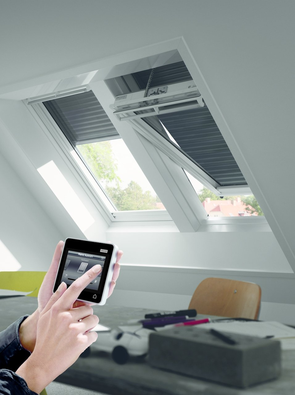 Velux klr 200 perfect velux integra zubehr systems klr for Velux skylight remote control manual