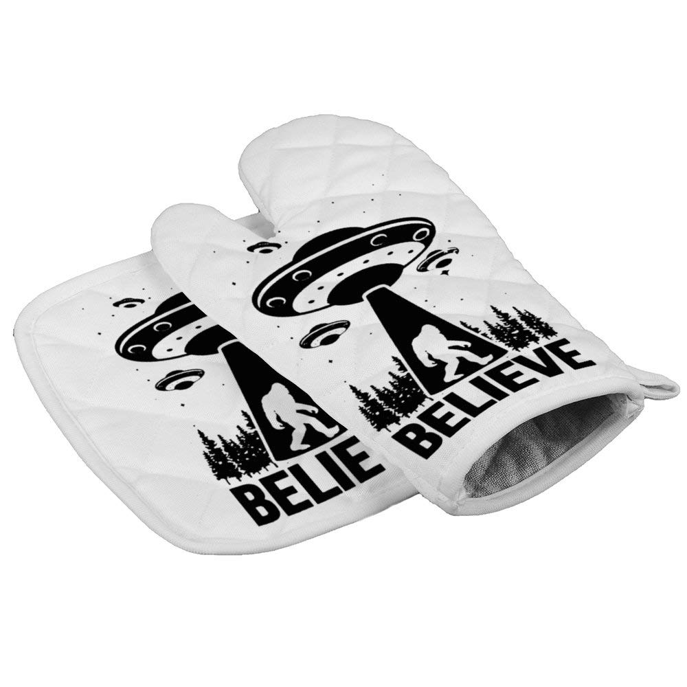 LijiahuaMitts Bigfoot Alien Heat Resistant Oven Mitts and Pot Holders,Safe Kitchen Cooking Baking Grilling