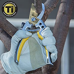 """Melnor Pruner & Lopper Value Pack - Titanium Blades - Includes 27"""" Bypass Loppers and 8.5"""" Bypass Pruner"""