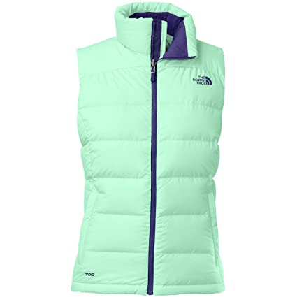 10441897d13e Amazon.com  The North Face Women s Nuptse 2 Vest Surf Green (Prior Season)  Large  Sports   Outdoors