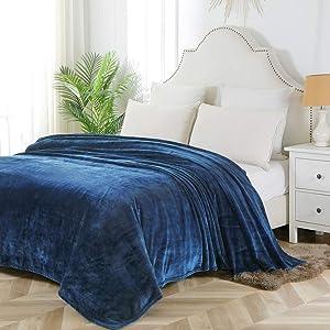 "Bourina Flannel Blanket Throw Lightweight Cozy Plush Microfiber Solid Fleece Blanket,Twin 60""x80"" Navy"