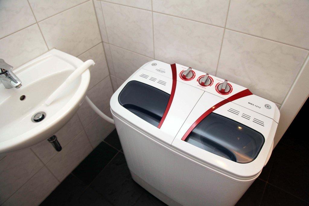 5kg Miniwaschmaschine Mini Waschmaschine +4, 5kg Schleuder +1maliges  Abpumpsystem: Amazon.de: Küche U0026 Haushalt
