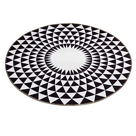 Amazon Com Carpet Mixed Textile Round Area Rug Black White