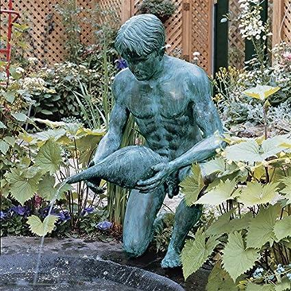 Delicieux Amazon.com : Design Toscano Man With Shell Spouting Cast Bronze Garden  Statue : Outdoor Statues : Garden U0026 Outdoor