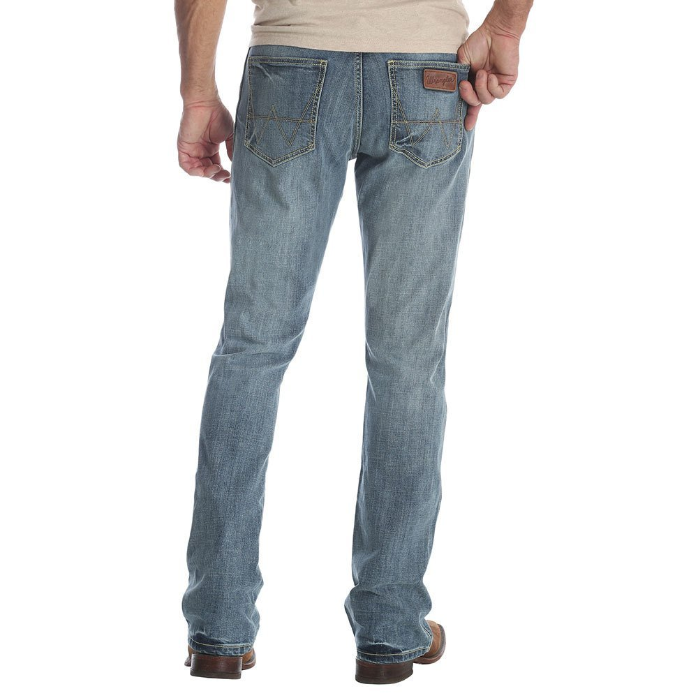 Wrangler Men's Retro Slim Fit Boot Cut Jean, Greeley, 34X32