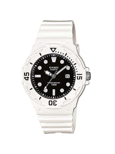 Reloj Casio para Mujer LRW-200H-1EVEF