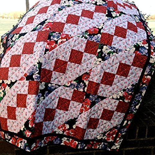 Amazon.com: Red, White & Black Handmade Lap Quilt, Quilted Throw ... : quilted lap throws - Adamdwight.com