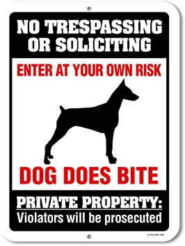 Made in The USA Beware of Dog Sign No Trespassing or Soliciting Dog Does Bite 9 x 12 inch Metal Aluminum Novelty Sign Decor