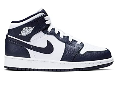competitive price f2134 6fadd Nike Boys' Air Jordan 1 Mid (Gs) Basketball Shoes, White ...
