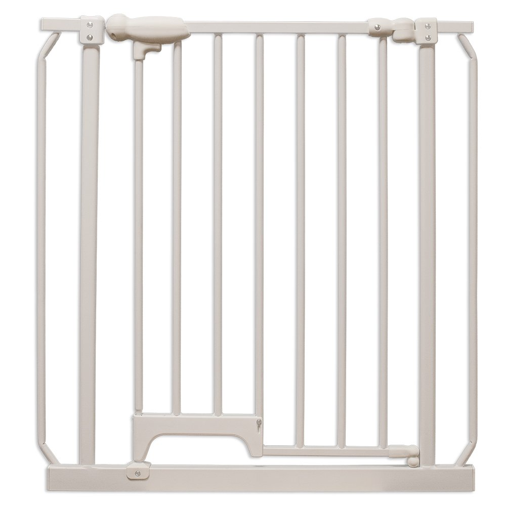 Four Paws Metal Foot Release Dog Gate, 30-34 X 32-Inch