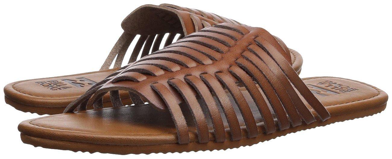 db94d0bf1 Amazon.com  Billabong Women s Tread Lightly Flat Sandal  Shoes