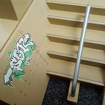 llio 8 pi/èces Kit de Parc de Skate pi/èces de Rampe pour Mini Planche /à roulettes de Doigt de Touche de Plate-Forme Technique