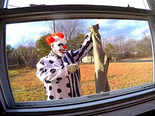 Review Scary Killer Clown Destroys