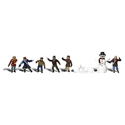 Snowball Fight HO Scale Woodland Scenics: Toys & Games