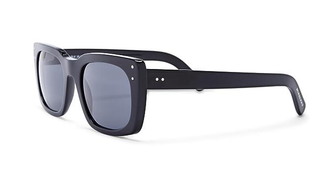 2bc2bba51353 Amazon.com: Burberry BE4223-300187 Sunglasses: Clothing