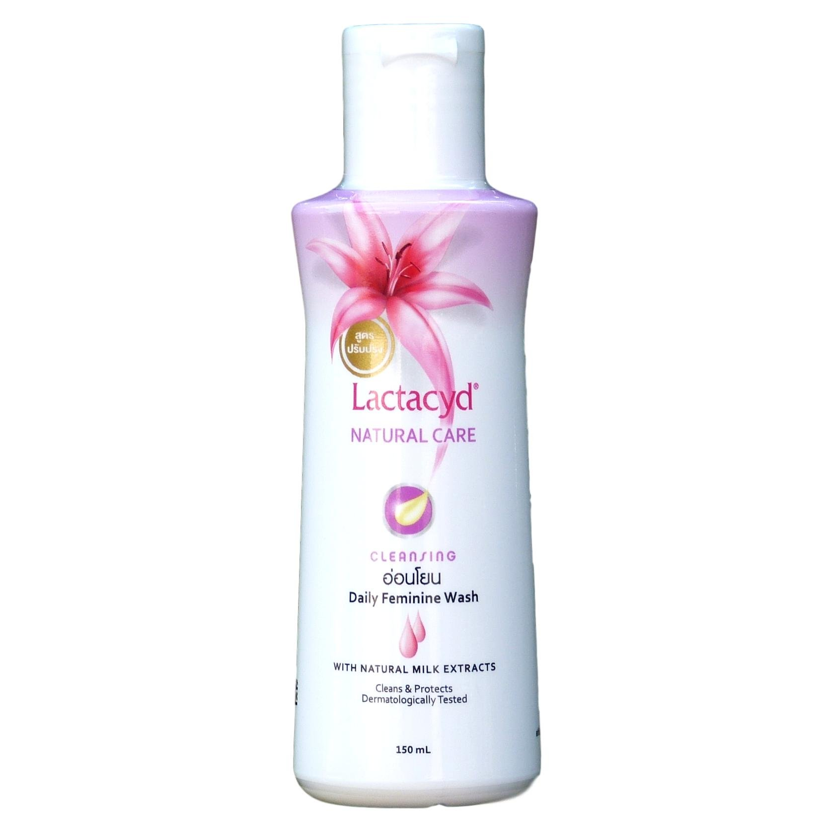Lactacyd Natural Care Cleansing Feminine Wash with Natural Milk Extracts 150ml