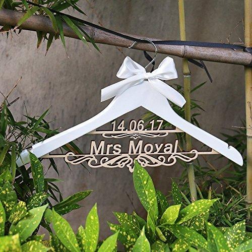 personnalis/é Bois de mariage Last Name Cintre Cintre rustique Robe de mari/ée Cintre DE Mariage personnalis/é avec nom et date