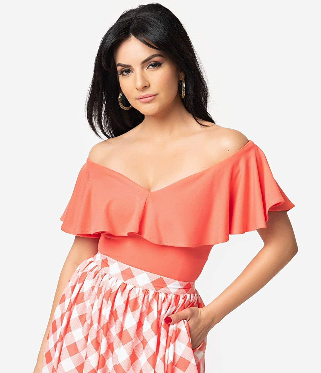 bddb7ecae211 Unique Vintage + Pantone 1950s Living Coral Off Shoulder Ruffle Frenchie  Top at Amazon Women s Clothing store