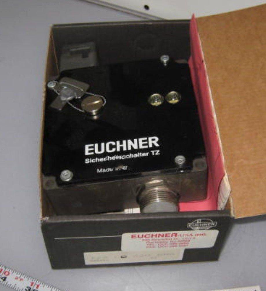 Euchner TZ2LE220SR6 Safety Switch