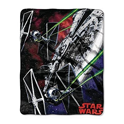 Star Wars Multicolored Wars Throw - 40x50 inches: Home & Kitchen