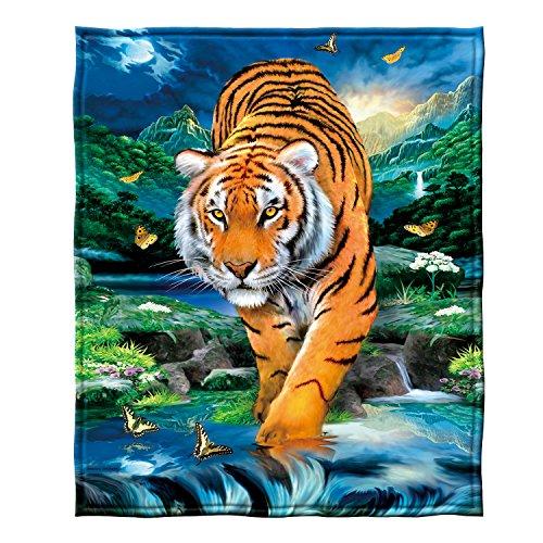 Dawhud Direct Moonlight Tiger Fleece Throw Blanket