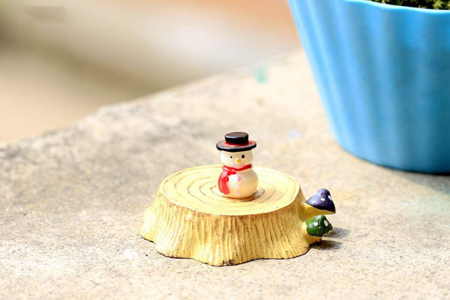 Wansan 10 Pieces Mini Snowman Christmas Decoration with Tophats for Holiday Decor Embellishing and Creating