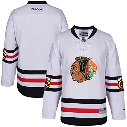 official photos fb5d7 6b3fe Amazon.com : Reebok Chicago Blackhawks 2017 Winter Classic ...