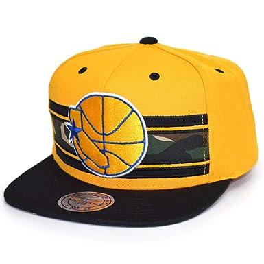 4f1378b6a3147 Mitchell   Ness Snapback Cap Woodland Covert Golden State Warriors Yellow  Black