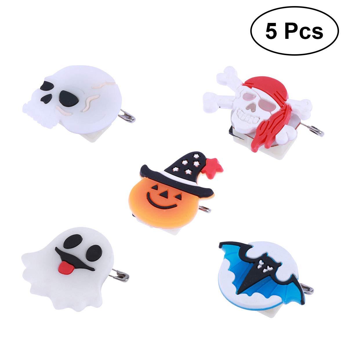 BESTOYARD Halloween Flash Broche LED Pin Party Éclairage De Citrouille Elf Pirate Skull Bat 5 PCS