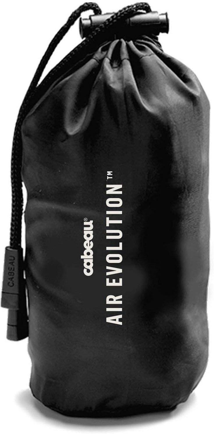 Schwarz Abwaschbarer Wildlederbezug 360-Grad-Komfort und Kinnschutz Komprimiert auf die Gr/ö/ße Einer Dose Aufblasbares Reise-Nackenkissen und Etui von Cabeau Air Evolution Einfache Lagerung