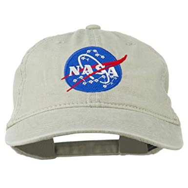 1490cb4d NASA Insignia Embroidered Pigment Dyed Cap - Beige -: Amazon.co.uk: Clothing