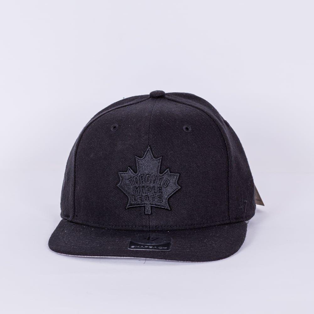 3beb7c152 47 NHL Toronto Maple Leafs Vintage Blackout Snapback Cap: Amazon.co ...