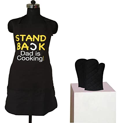 Lushomes Cotton Black Witty Dad is Cooking Apron Set (1 Apron & 2 Oven Mittens)