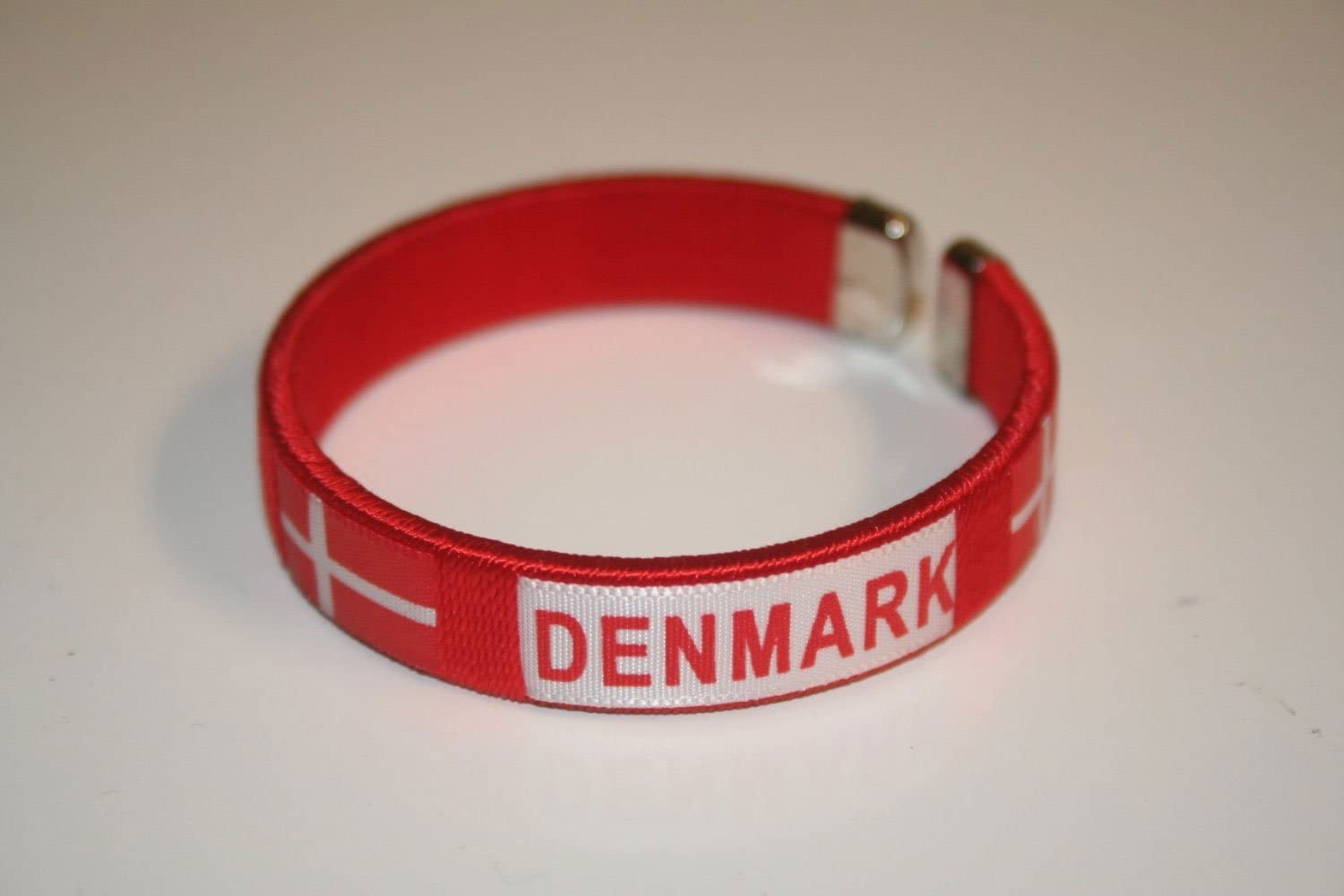 2.5 Inches in Diameter X 0.5 Inches Wide .. Denmark Red Country Flag Flexible Adult C Bracelet Wristband.. New SUPERDAVES SUPERSTORE