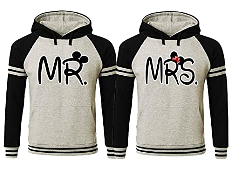 97b855d4bd2 Amazon.com  LIFESTYLE39 Mr Mrs Couple Hoodies