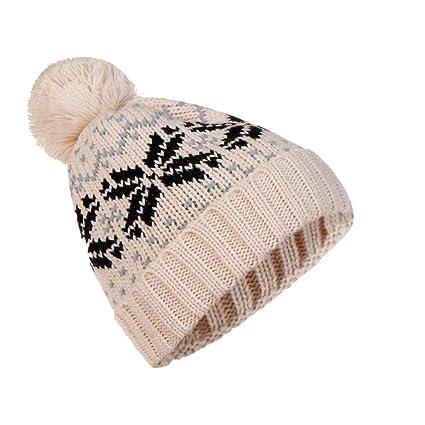 e75ced77f7f Amazon.com   Nadition Men Women Vintage Print Cap Baggy Warm Crochet ...
