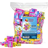 Nerds Assorted Miniature Boxes offer a beloved hard candy in a small, on-the-go package that's perfect for pockets and purses! These delicious crunchy candy nuggets in fun size boxes are featured in an assortment of two fabulous flavors: Stra...