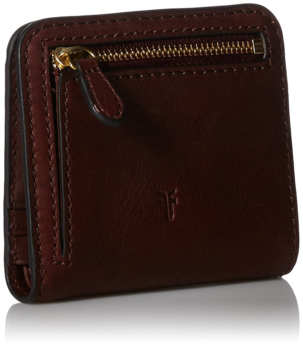 FRYE Campus Rivet Small Leather Snap Wallet