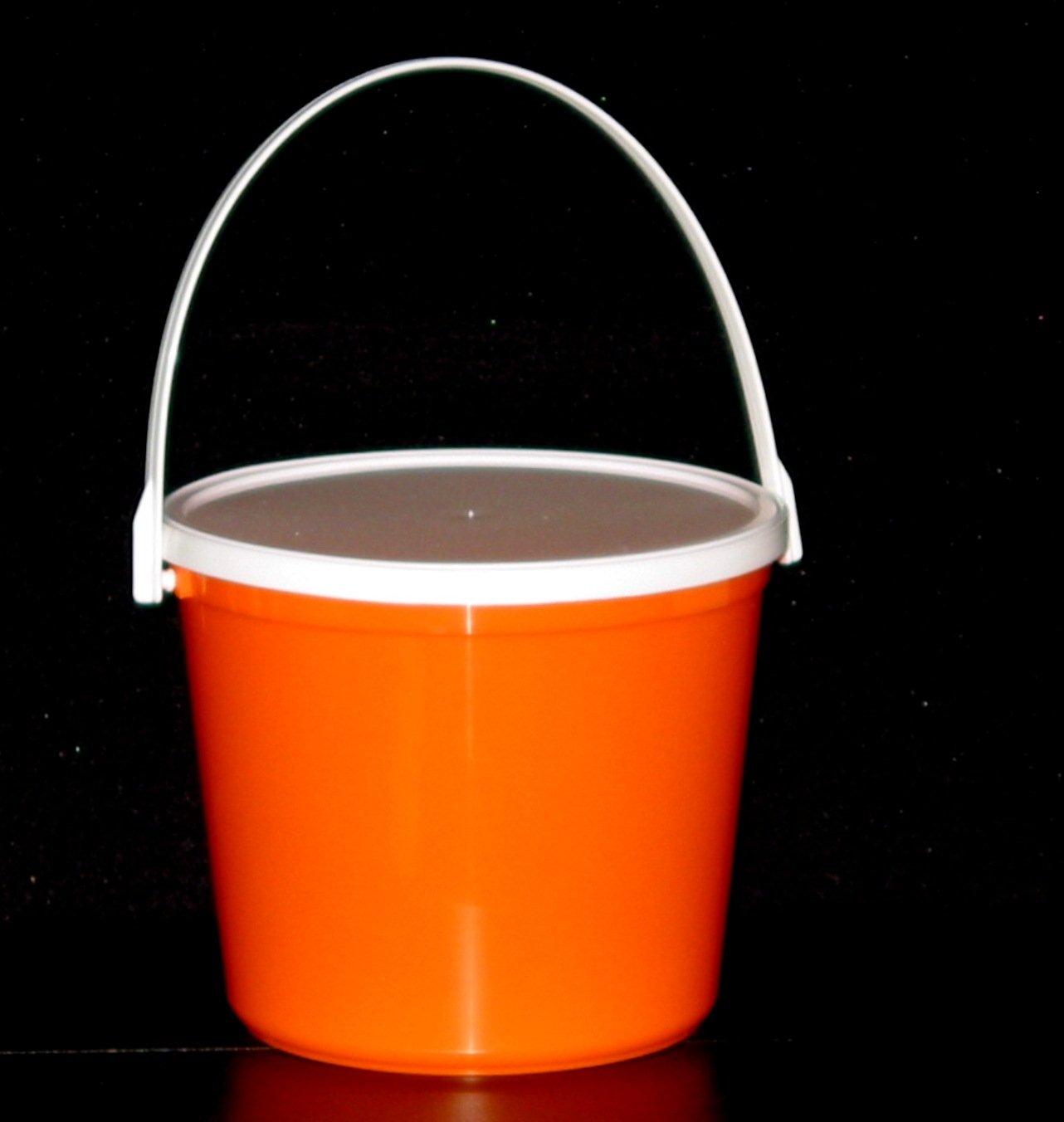 Plastic Buckets & Lids, 80 Ounces, 6 Pack,1 each Red Blue Yellow Orange Purple & Green by Talisman (Image #2)