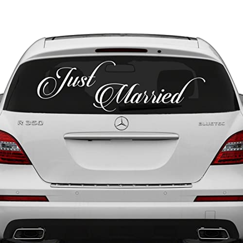 (50x17 cm) Just Married Vinyl Car Decal Design / Wedding Cling Banner Decoration Quote Sticker / Decals Back Car Window Mirror + Free Random Decal Gift