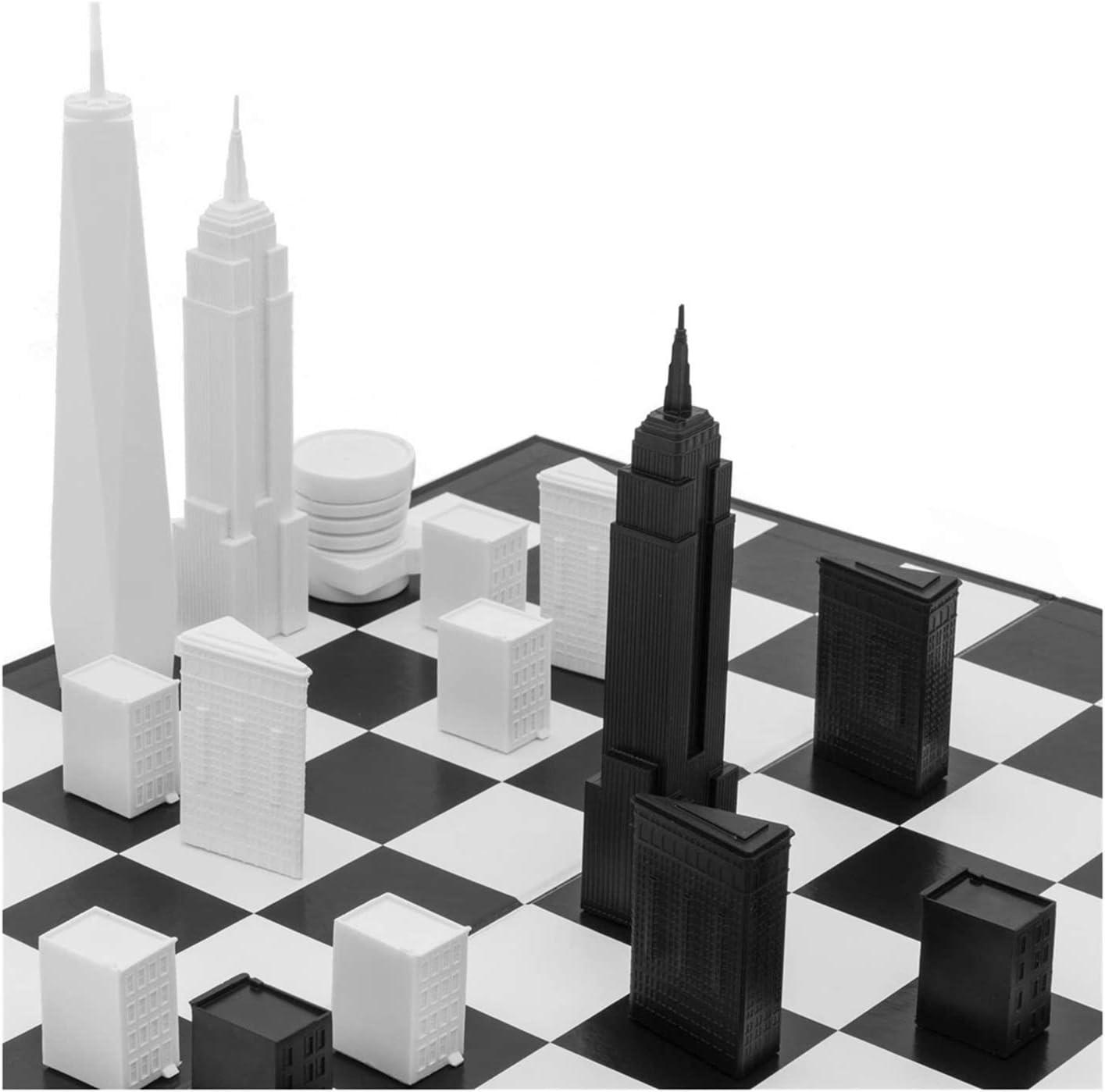 Die besten Geschenkideen für Architekten: Die besten Geschenkideen für Architekten: Schachspiel mit Skyline von New York