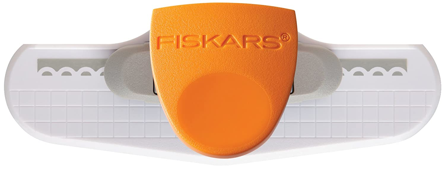 Fiskars Border Punch, Apron Lace