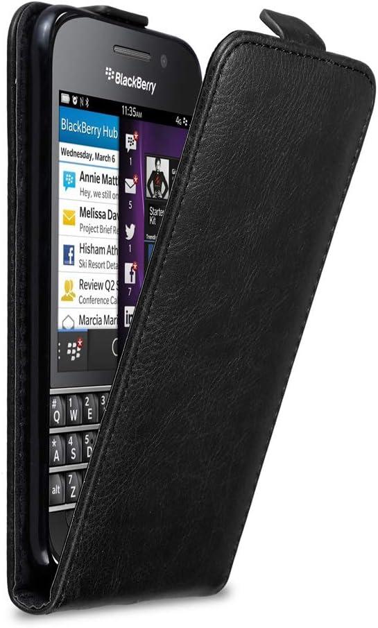 Etui Poche Folio Case Cover Cadorabo Coque pour Blackberry Q10 en Noir Nuit Housse Protection en Style Flip avec Fermoire Magn/étique
