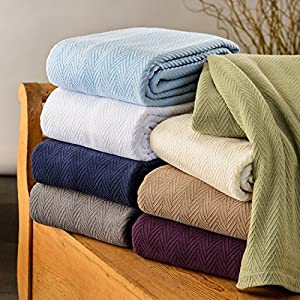Impressions All-Season Luxurious 100-Percent Cotton Metro Blanket by Impressions
