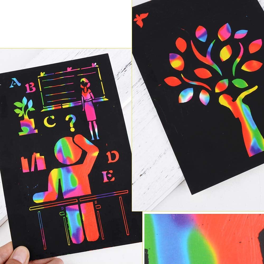 200 Bl/ätter Kratzbilder Kratzpapier Malerei zum Zeichnen und Basteln mit 4 Holzstiften als Mitgebsel und Geschenk Geburtstag f/ür Kinder DIY Einschulung Schulanfang