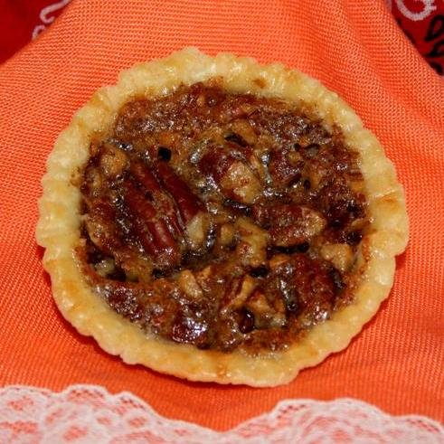 Single Serving Pecan PIE / 16 Individually Wrapped Pies / 2 Ounces Each/Attractively - Pecan Pie Mini